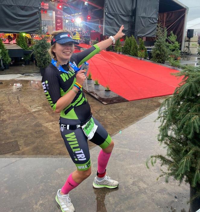 Katri Vesikko triathlon IM Tallinn maalissa